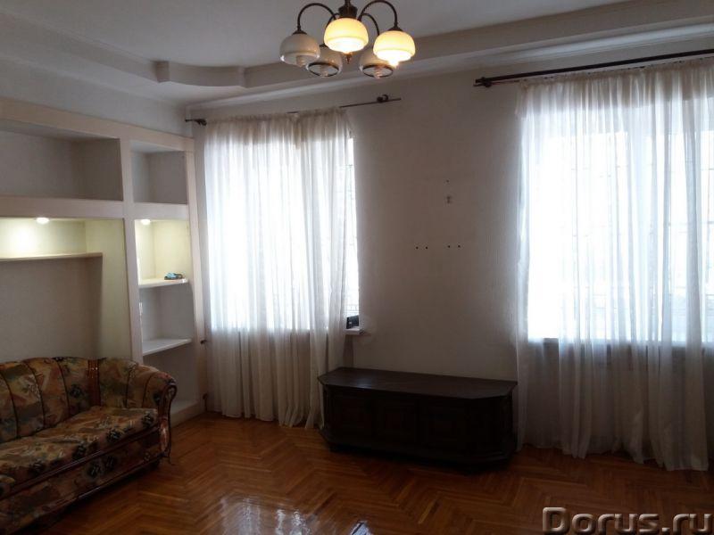 Ессентуки, мкр Заполотно, ул. Грибоедова, 3-комнатная квартира 80 кв м, 1/2 этажного кирпичного - По..., фото 1
